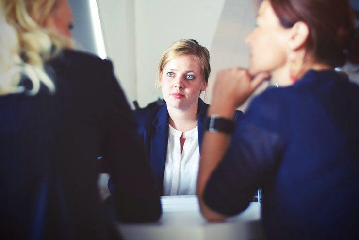 Темы  Бизнес-эксперт: как одеться в офис, чтобы стать начальником