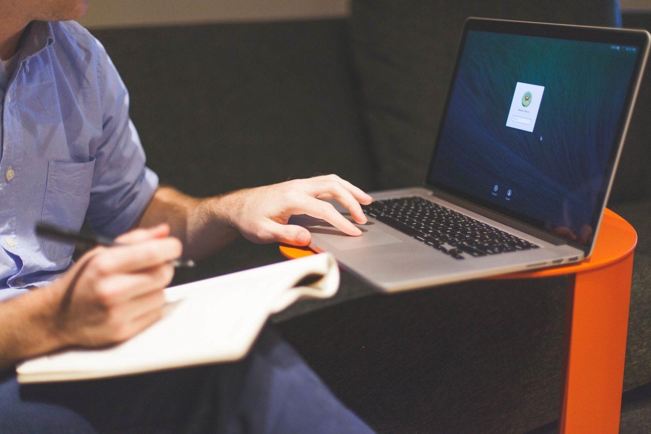 Темы  Бизнес-эксперт: как подобрать персонал и мотивировать подчиненных