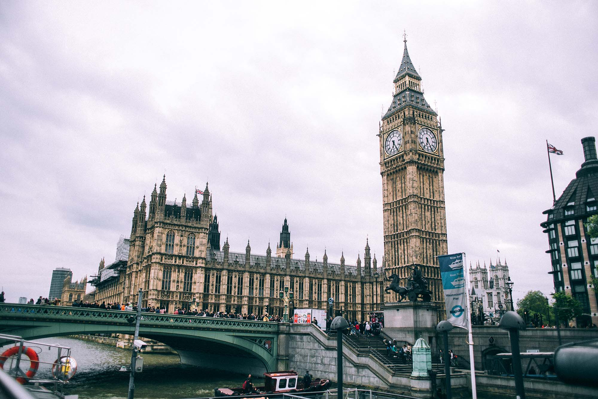 Темы  18 причин, 9 лайфхаков и 1 способ поехать в Лондон от тех, кто уже попробовал