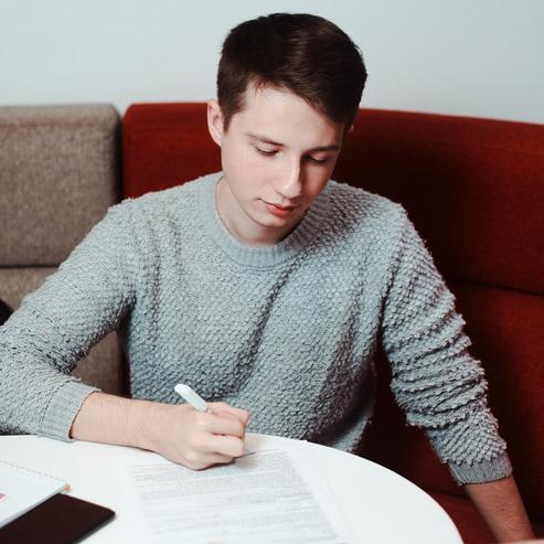 """Темы  Три причины молодым людям присмотреться к """"Почта Банку"""""""