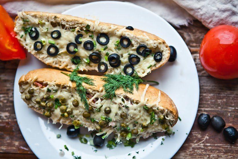 Темы  Еда: запеченный багет