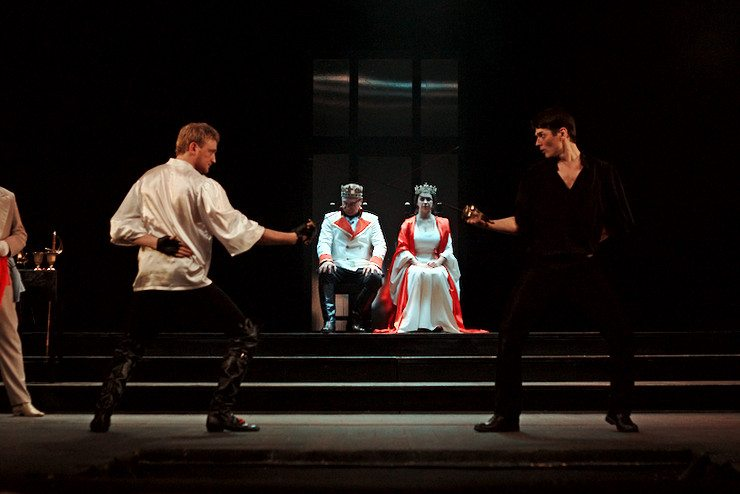 События  9 причин сходить на «Гамлета» в Драмтеатр