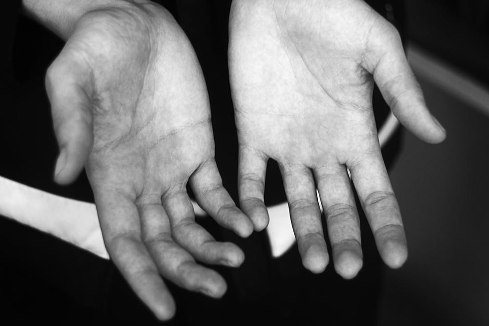 Темы  Фотопроект: как выглядят руки тех, кто ими работает