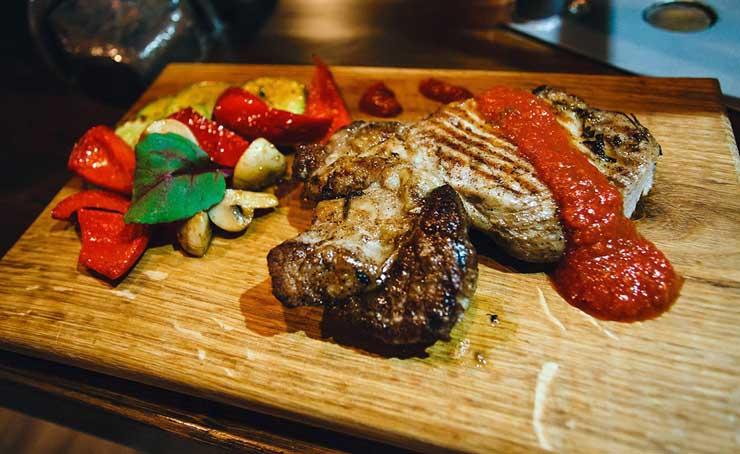 Новости  Новости еды: вегетарианское меню, «Over Shake» и паровой коктейль в подарок