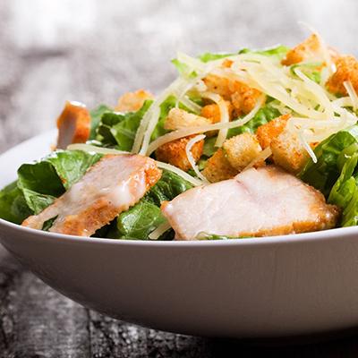 Новости  Новости еды: салат в подарок, бир-понг, роллы за рубль