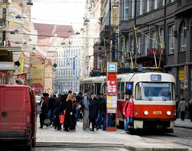 Люди  Прага: мистика, кнедлики, улыбчивые горожане